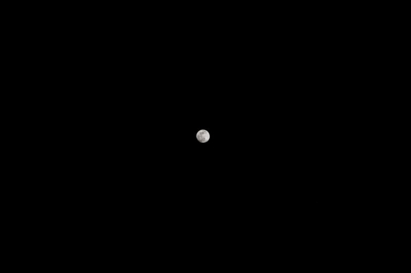 Moon shot (full)